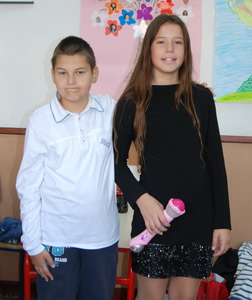 nista bez muzike, pevac Mihajlo Vujičić i pevačica Katarina Mrdak koja je učestvovala na takmičenju ,,Pinkove zvezdice,,