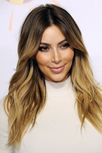 Kim-Kardashian_glamour_25oct13_pa_b_592x888