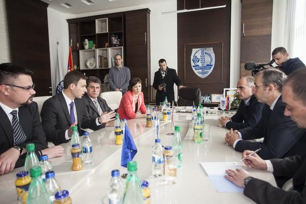 EU pomoc Trstenik Devenport poseta 16
