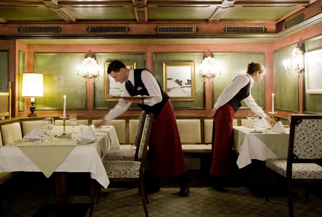 RADNICI U HOTELIJERSTVU